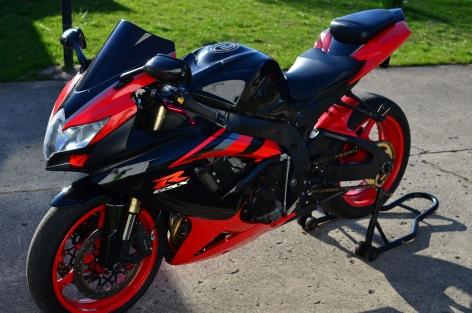 Red & Black 2008 GSXR 600 [2]
